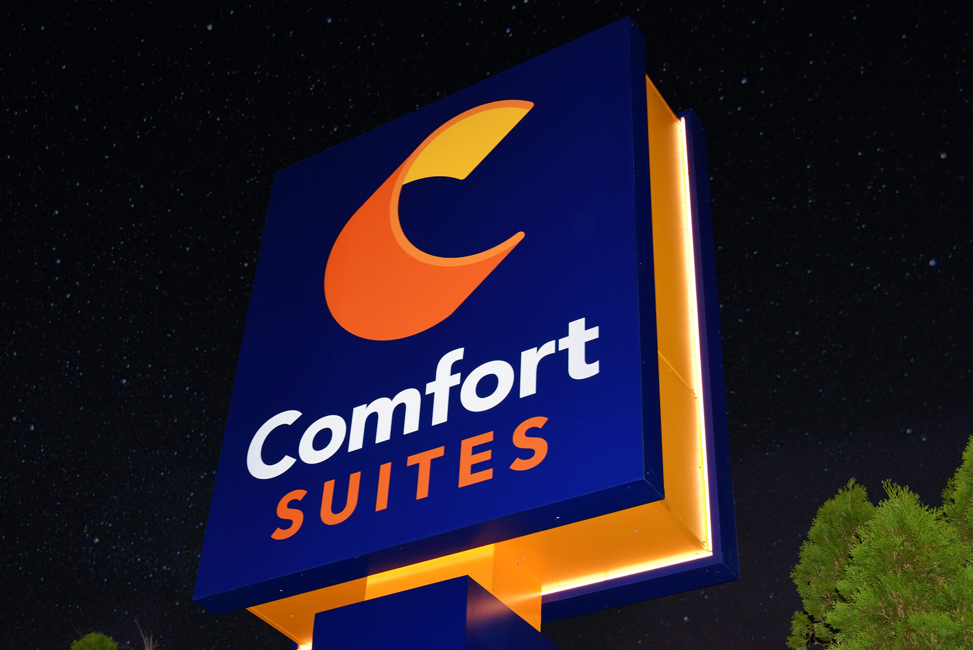 Excellent craftsmanship went into this pylon sign for Comfort Suites with dynamic LED illumination.