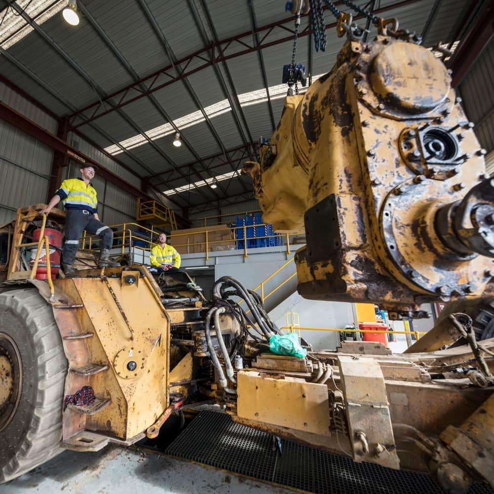 Heavy diesel fitter in mining