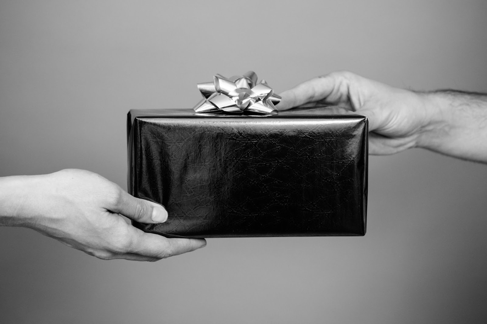 Giving an employee a gift