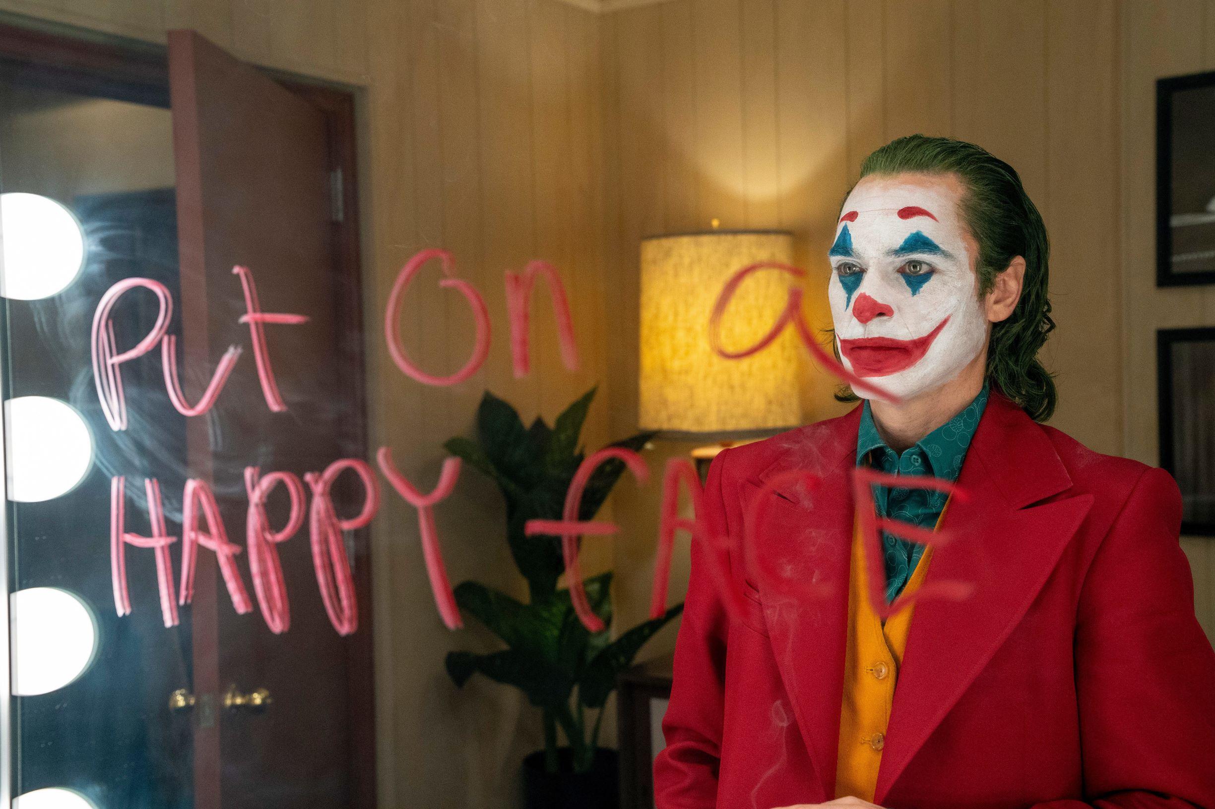 Discoursing Across the Atlantic: The Strange 'Joker' Split