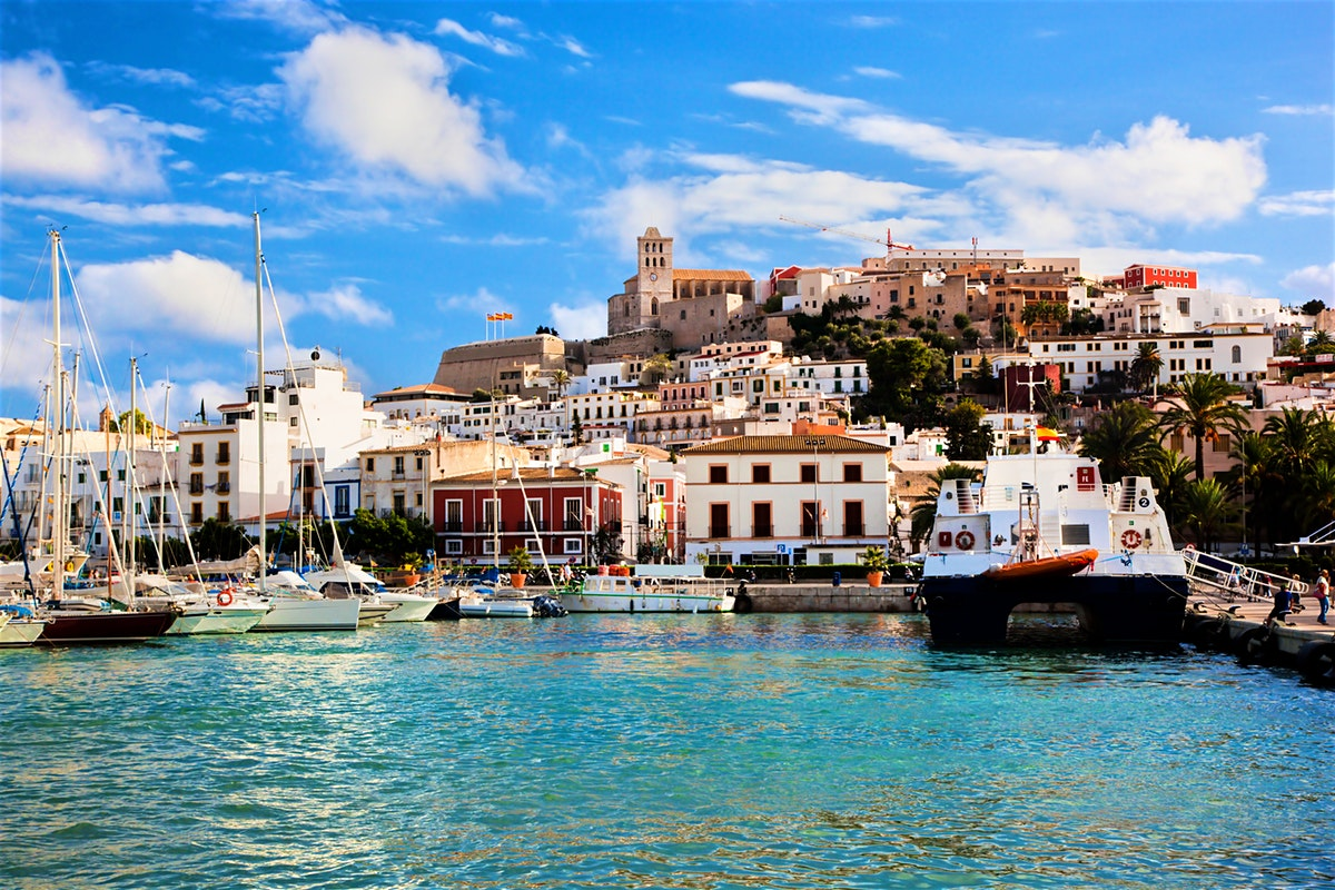 The Unacast Team is in Ibiza This Week for a Workation - Wait, a Work-what?