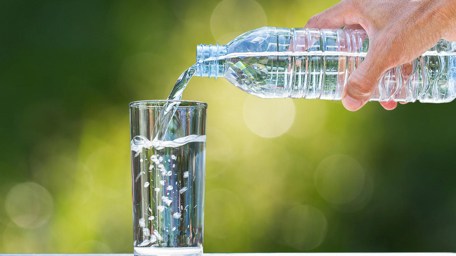 Purified vs Spring Water vs Distilled vs Filtered Water - Filters &  Purifiers