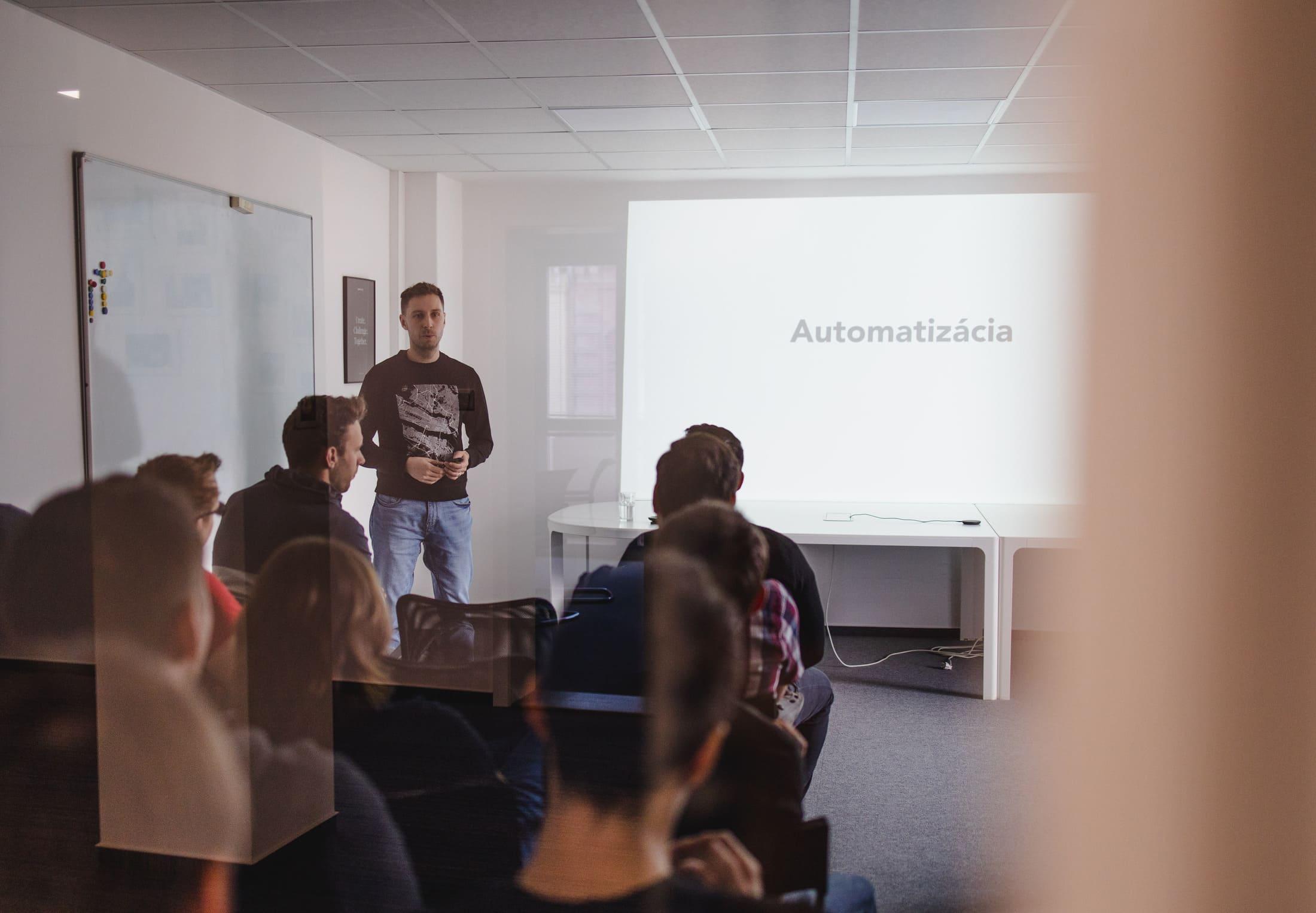 HACKATHON 2020 (how to organize internal hackathon)