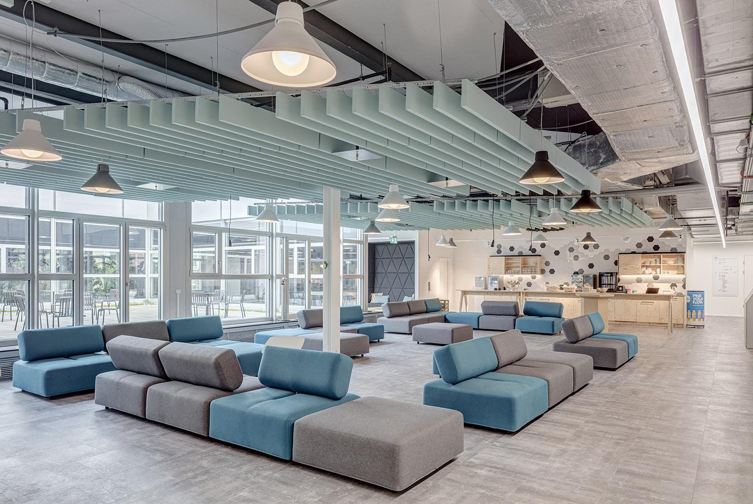 Lounge, Zukunfts Büro, future workplace in Spreitenbach, corporate office, Start up und freelancer