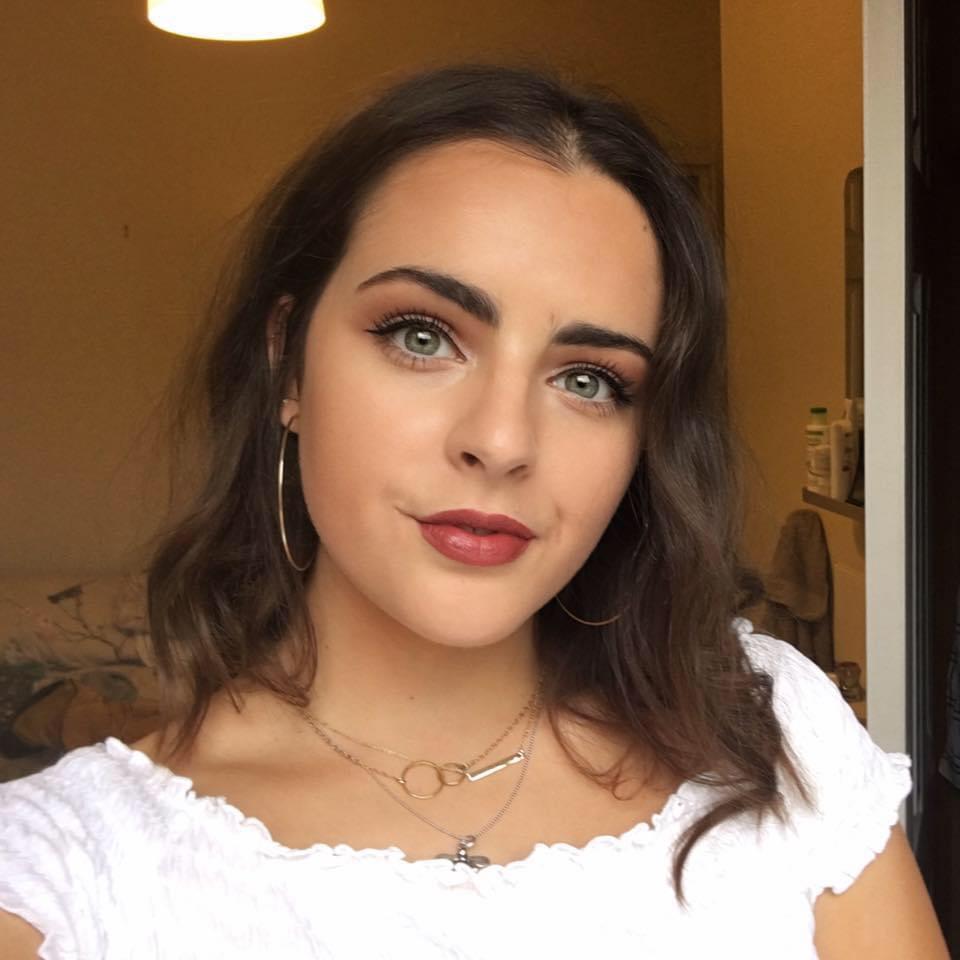 Phoebe Blair - Client Services Administrator & Social Media Executive at Thompson Alexander