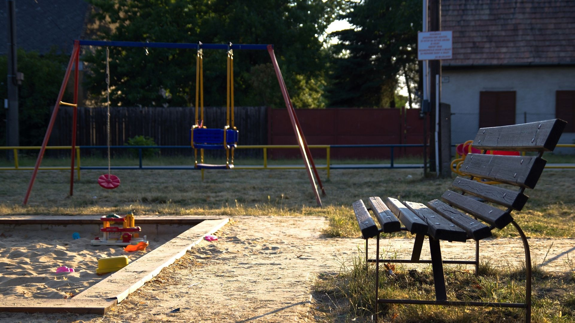 bývanie v Miloslavove detské ihriská