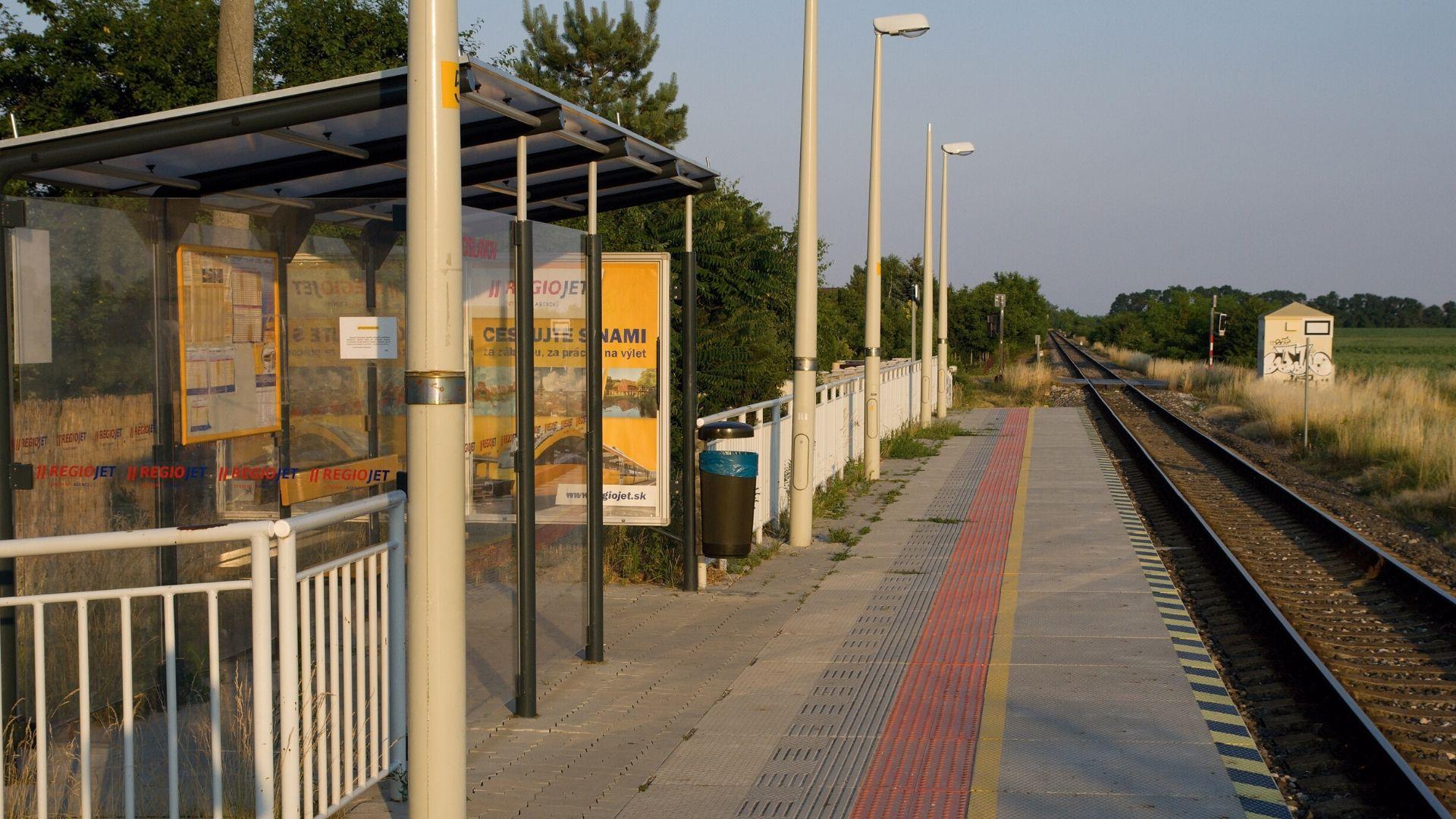 bývanie v Miloslavove vlaková stanica spojenie s Bratislavou
