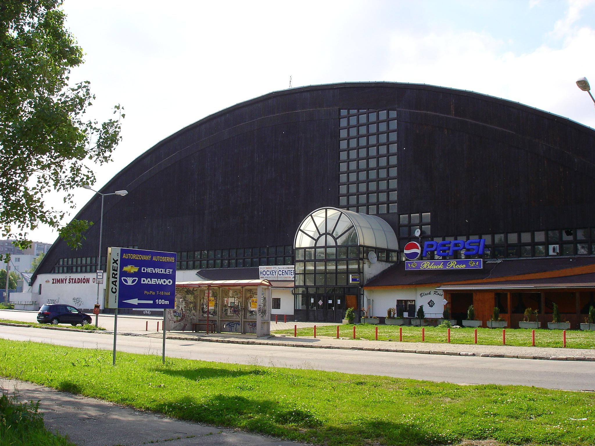 bývanie v Dúbravke zimný štadión