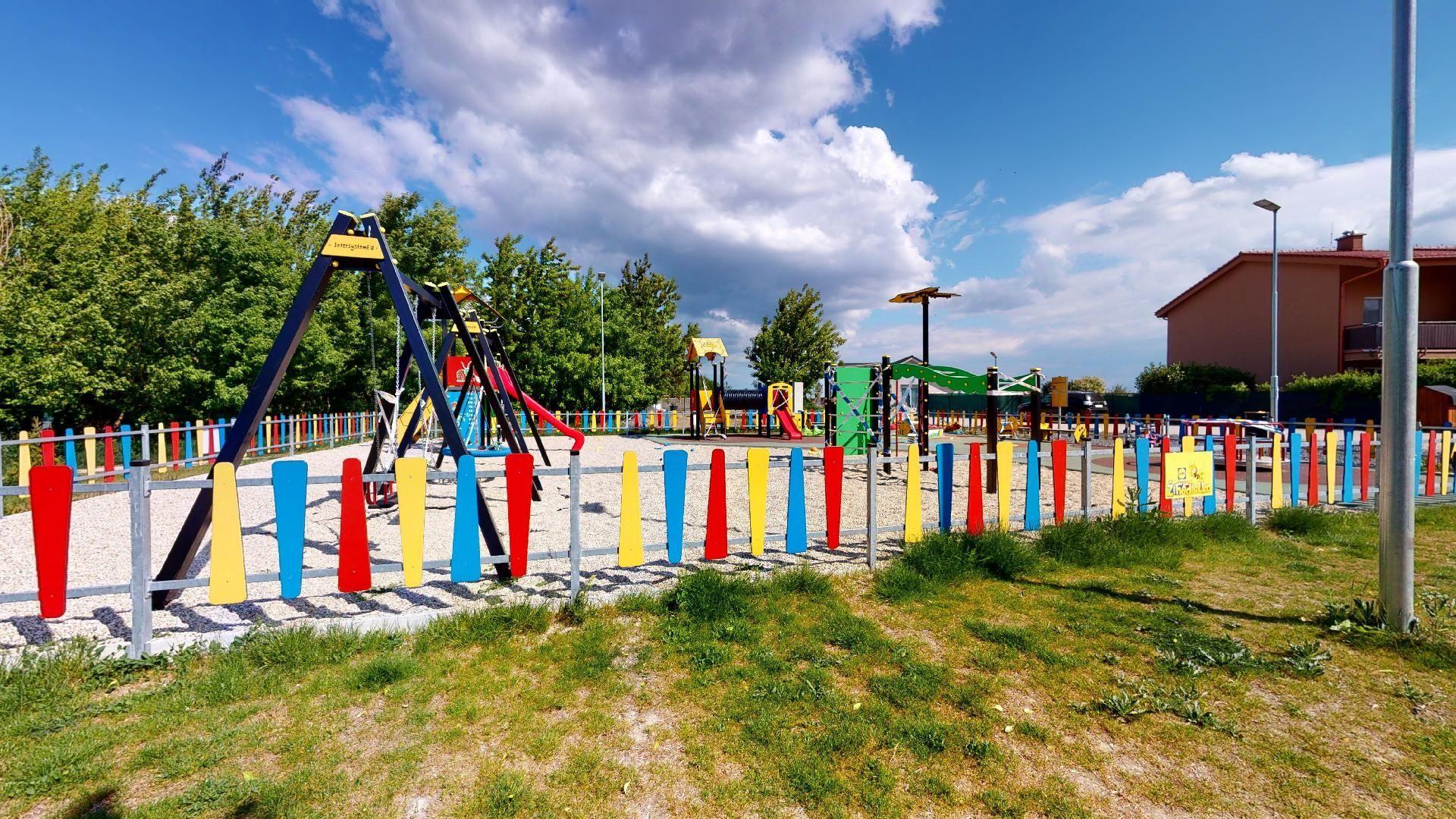 bývanie v Bernolákove detské ihrisko