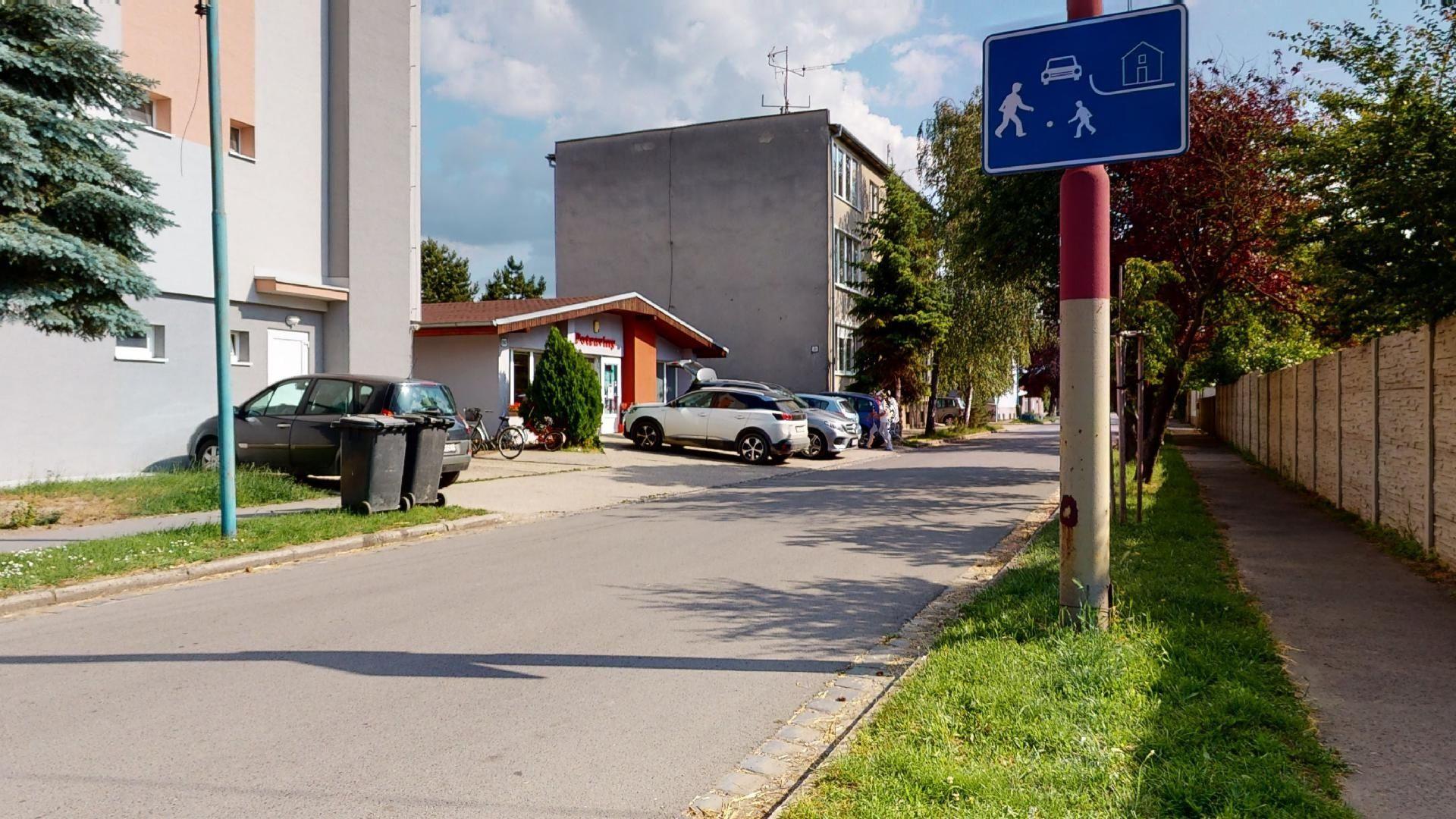 bývanie v Miloslavove časť Alžbetin dvor potraviny