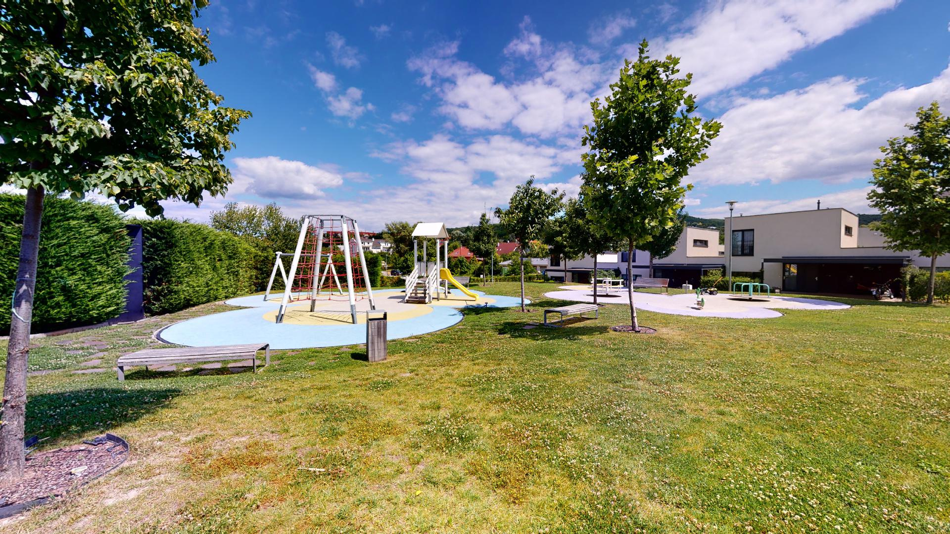 detské ihrisko bývanie Záhorske Sady