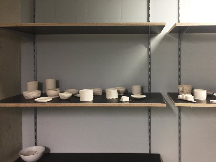 Potteryshelf