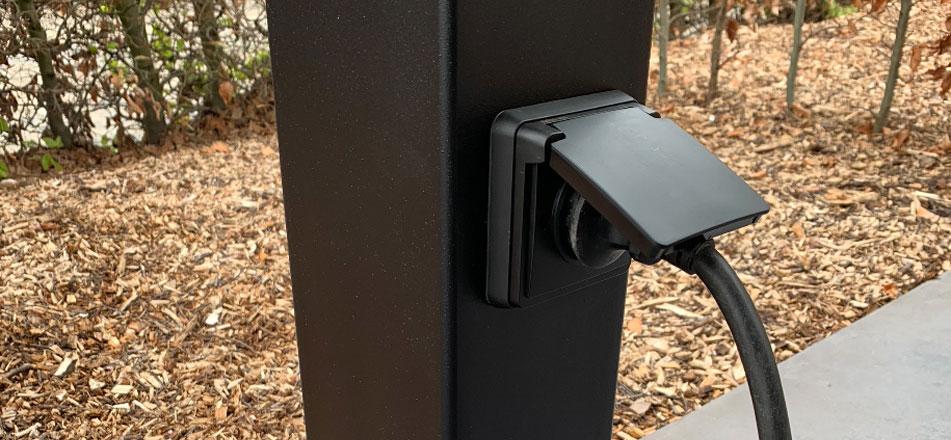 Ladeeda laadpaal set met wandcontactdoos voor Tesla Wall Connector en EVBox Elvi