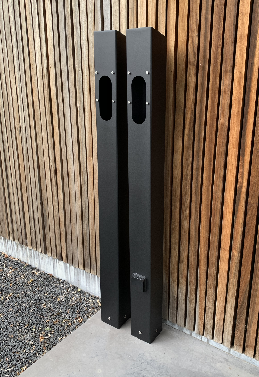 Support de charge pour le connecteur mural Tesla et l'EVBox Elvi