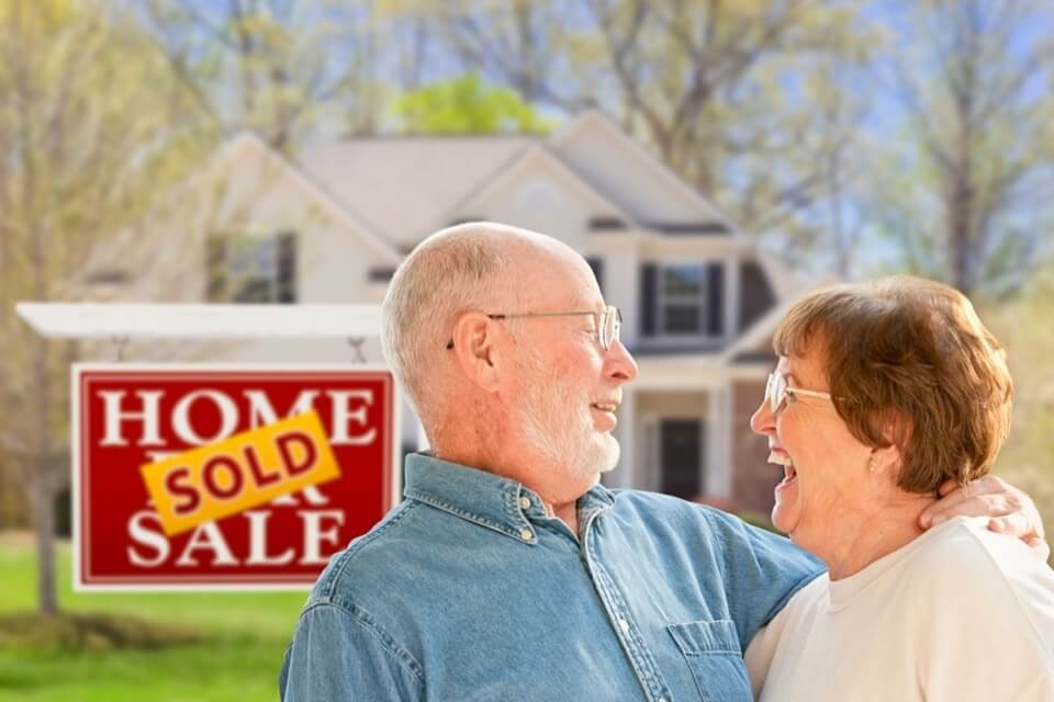 Moving into Retirement - The Pros and Cons of Downsizing
