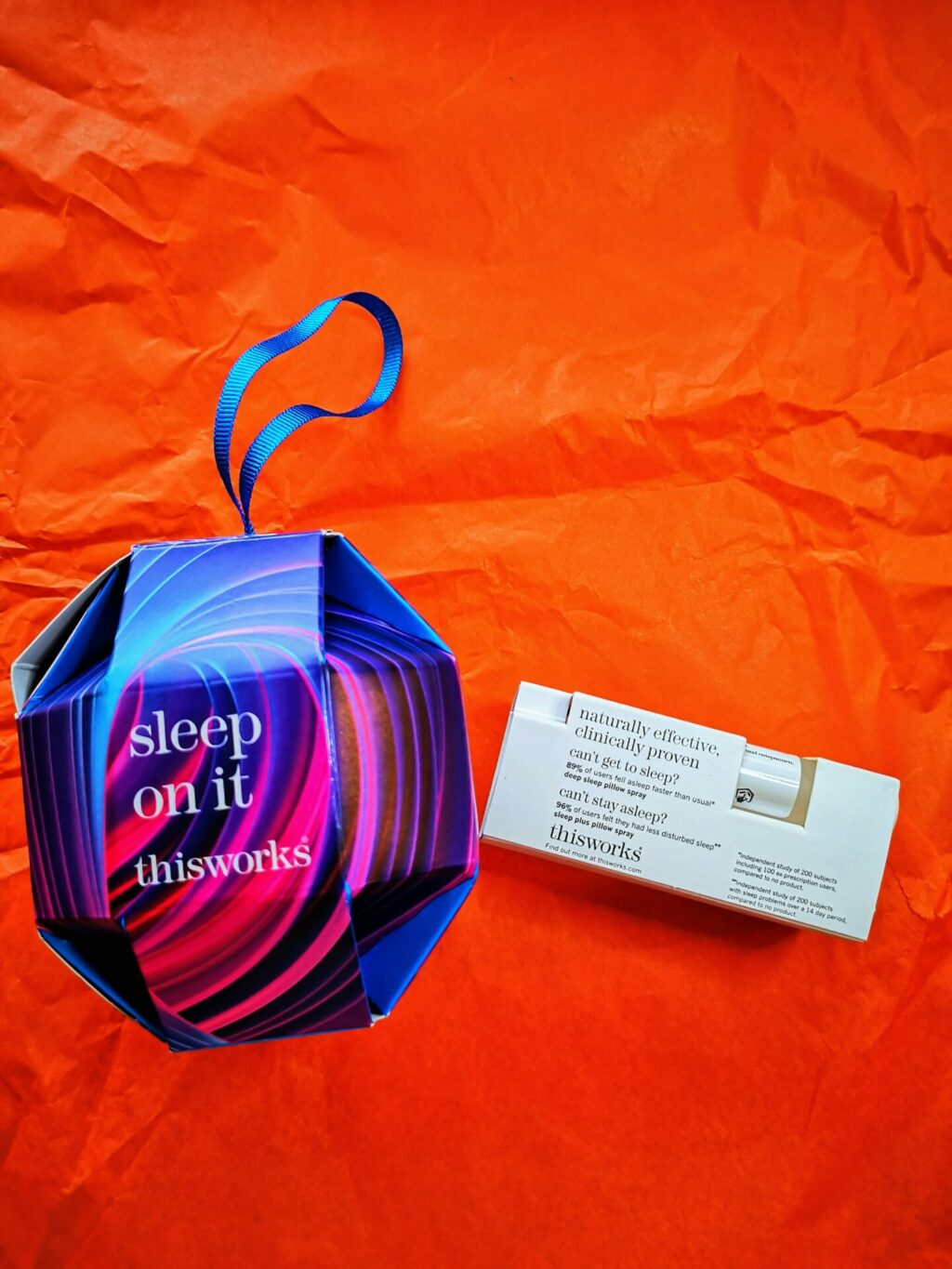 This Works Sleep On It Tree Decoration Bodycare Gift Set Gift Ideas for the Green Goddess Who Lives a Hip & Healthy Lifestyle
