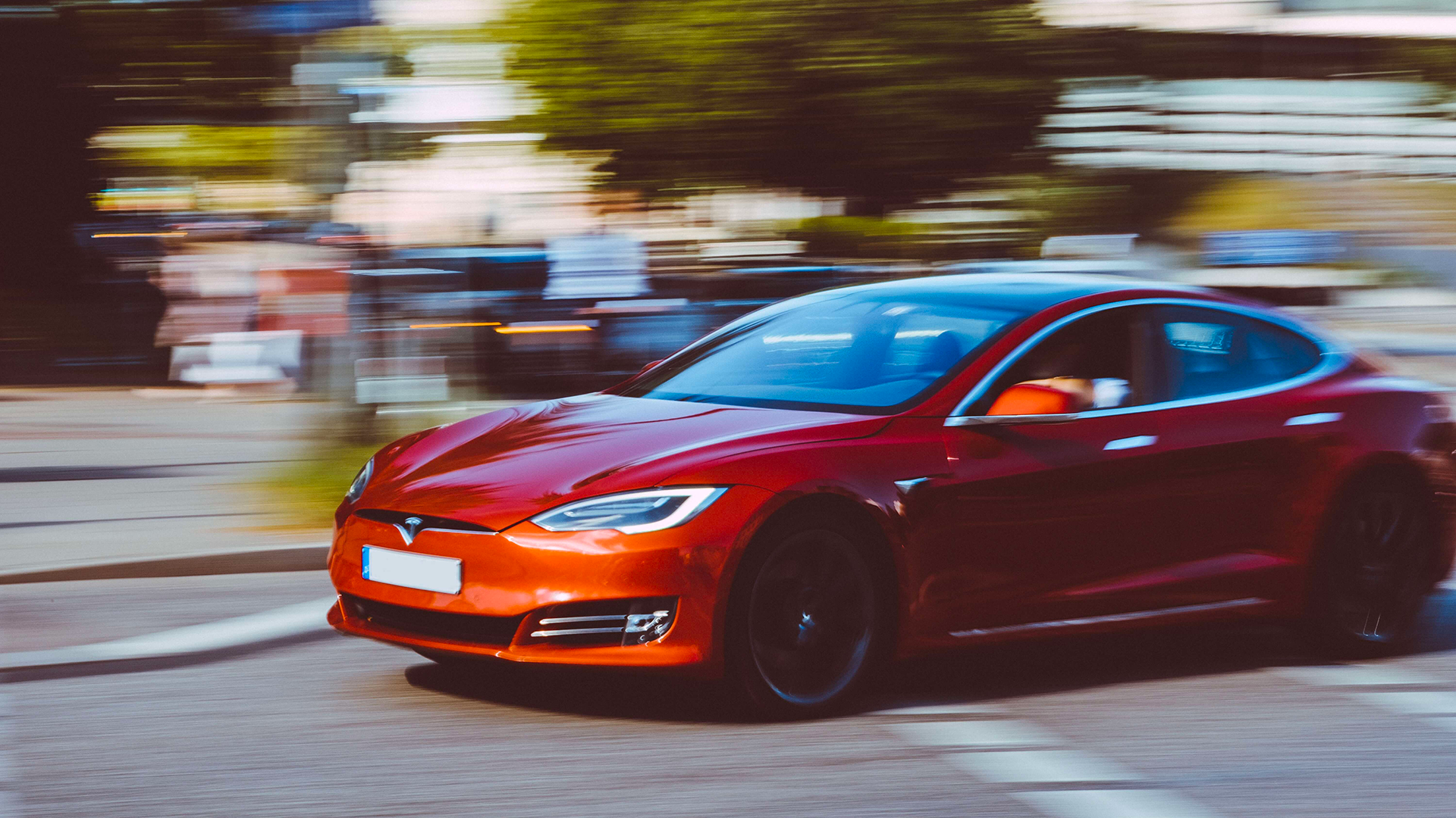 Elon Musk runs Tesla with all his money and reputation on the line. Can the same be said for the CEOs of Ford and GM?