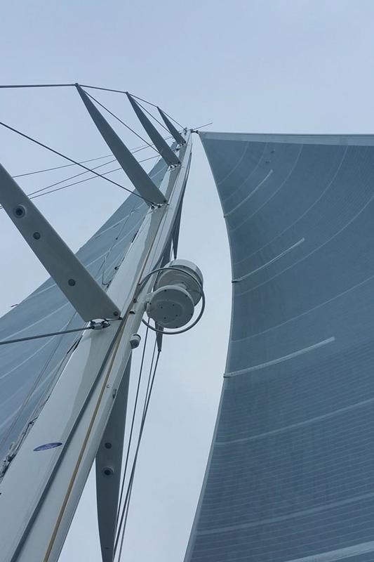 Super Yacht Sailboat Mast