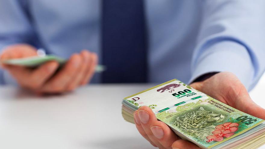 Gran parte de los pagos en Argentina se realizan en efectivo para evitar retenciones impositivas