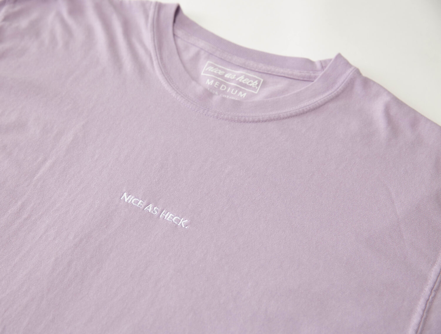 loves me tee close up