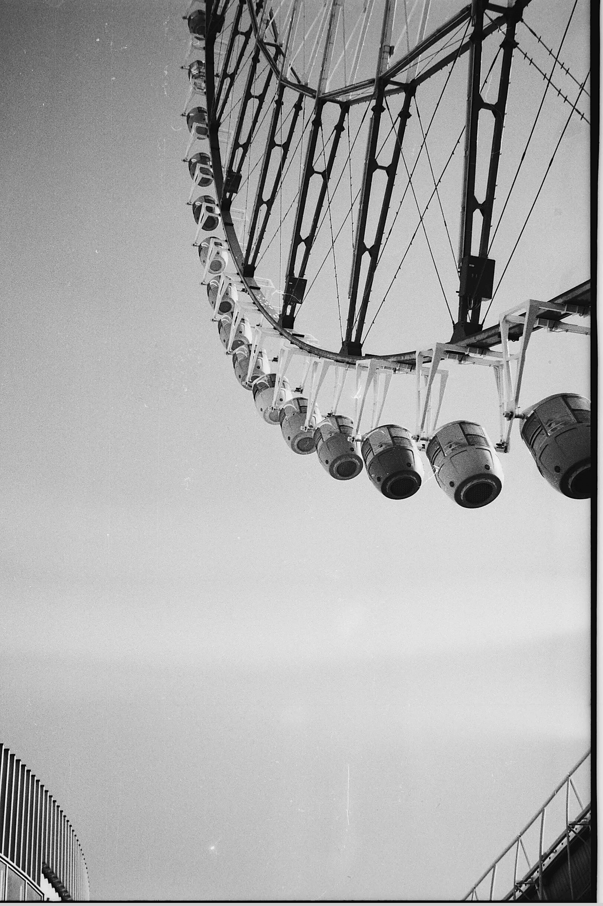 ferris wheel in japan in black and white