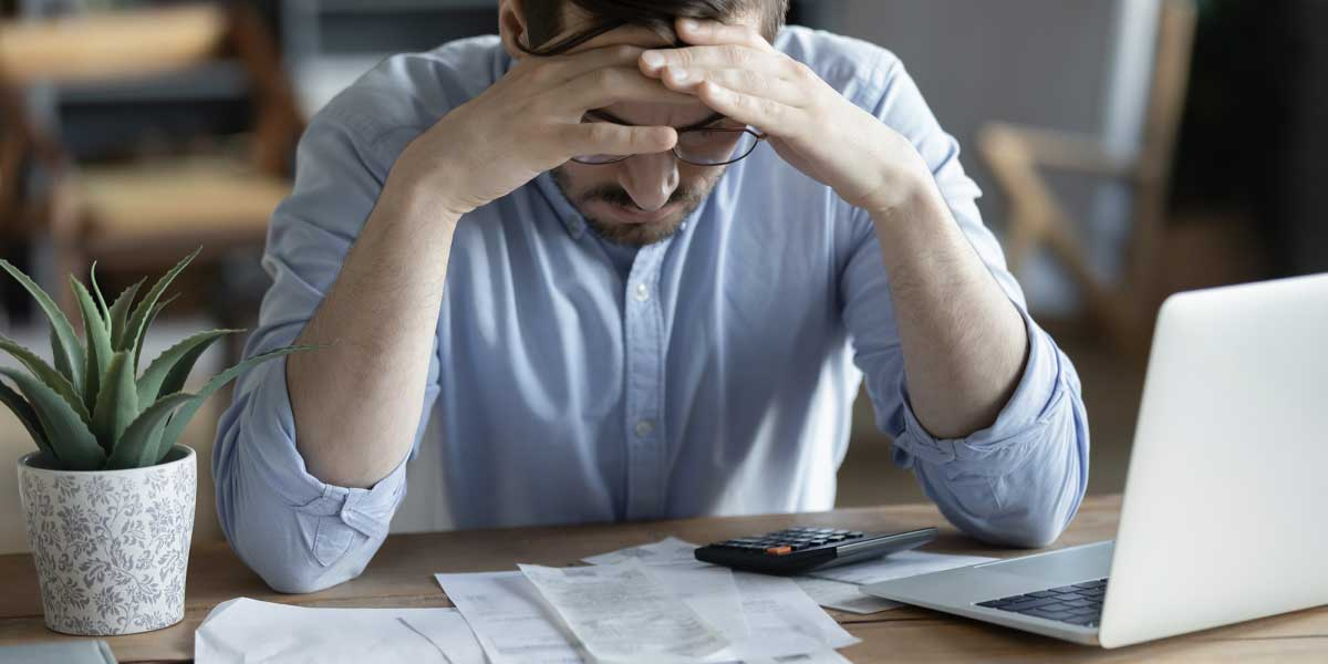 Everyone hates expense reporting. So why keep doing it?
