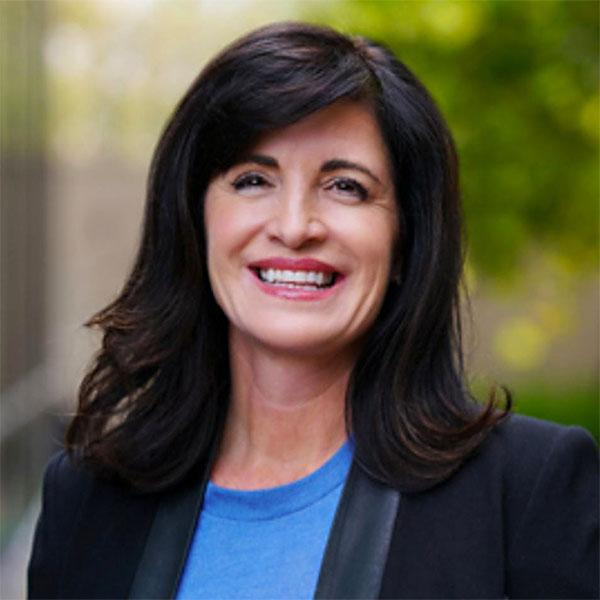 Kelly Steckelberg