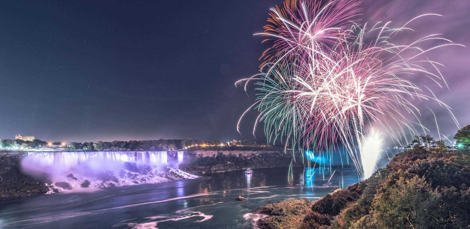 Niagara Falls Rainbow Illumination Tour