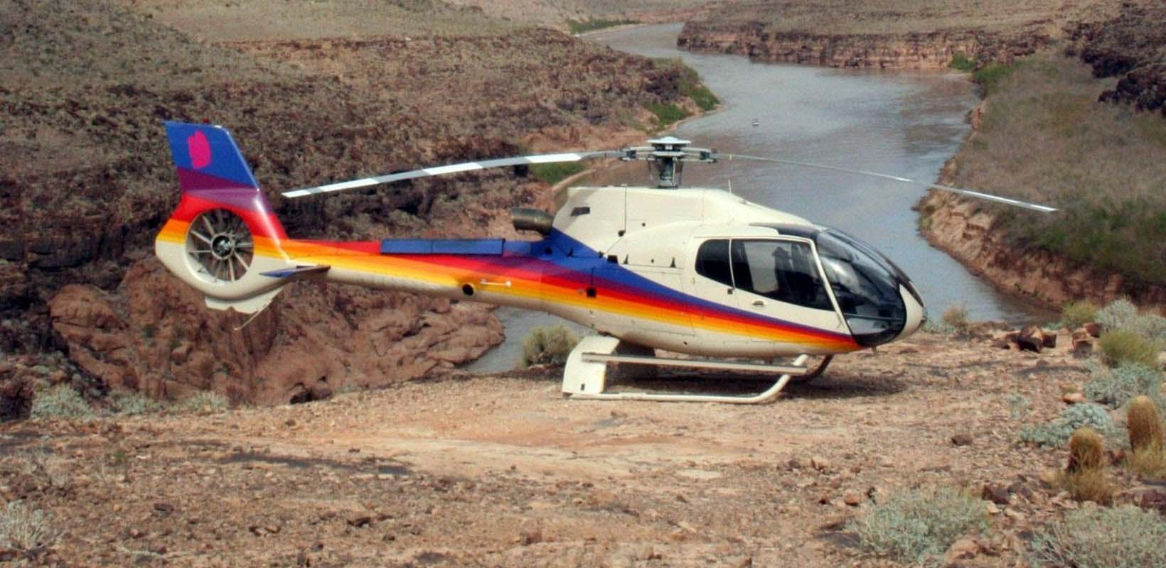 Grand Canyon West Rim by Luxury Limo Van with Helicopter, Pontoon and Skywalk Tickets