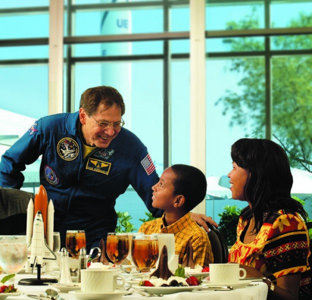 Kennedy Space Center - Dine with Astronaut - Child
