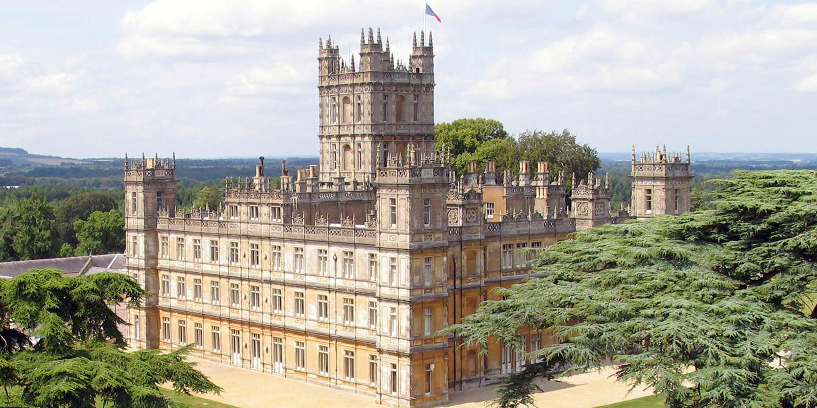Belmond British Pullman Highclere Castle