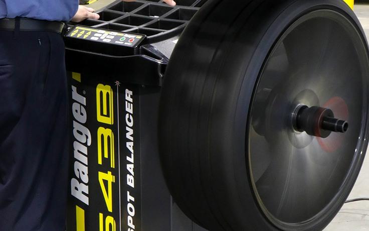LS43B wheel balancer has a short average cycle time