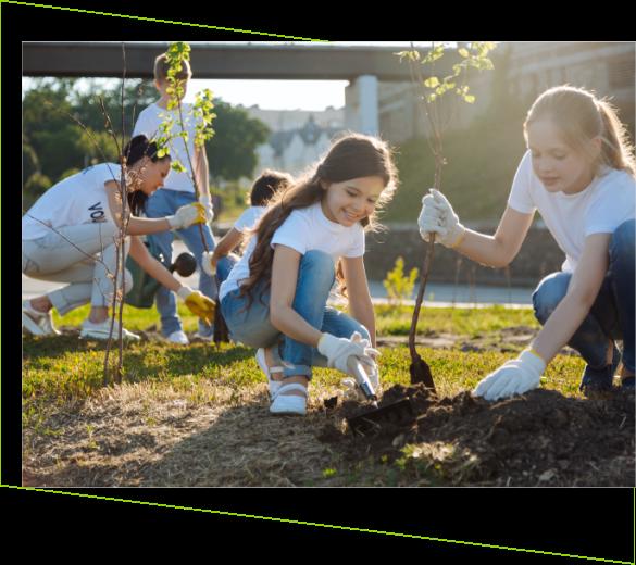 Ungdomar som tar hand om naturen