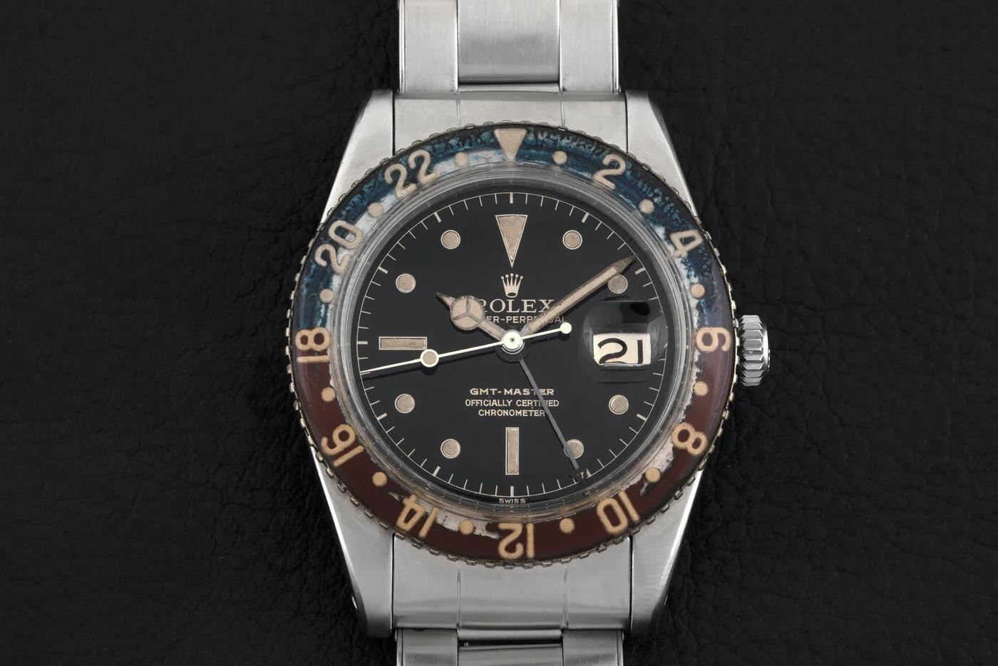 Photo de la première Rolex GMT-Master 6542, dont la lunette est usée