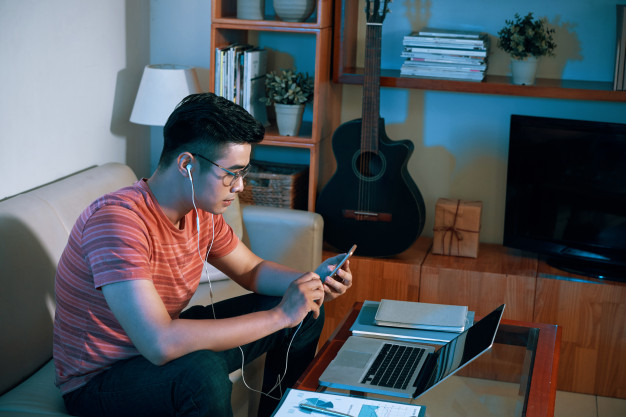 7 Unpopular Ways To Lower Electric Bills While Working from Home