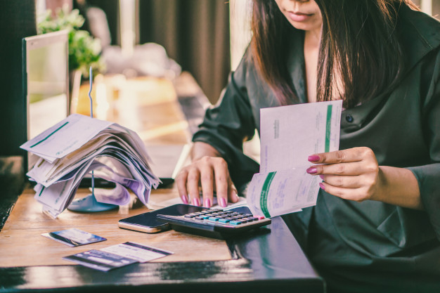 How to develop good bill paying habits