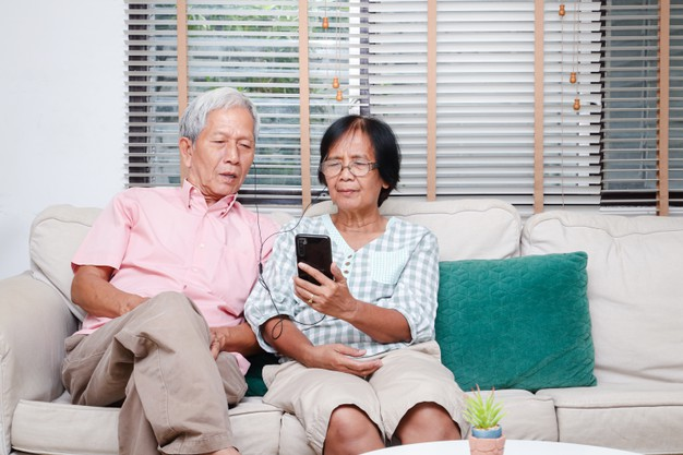 Should You Boost Your Retirement Fund With Online Loans?