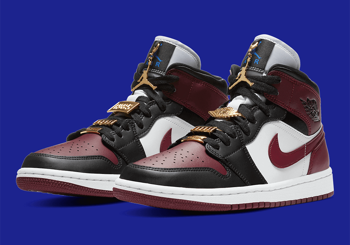 Air Jordan 1 Mid Dark Beetroot