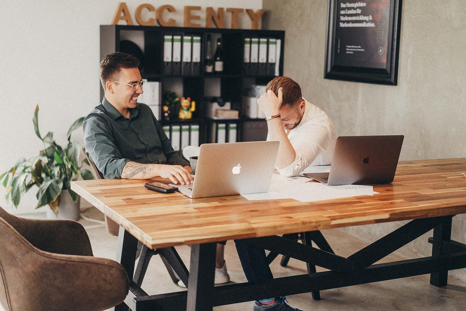 Accenty vereint die Kernkompetenzen einer Werbeagentur mit einer langfristigen Begleitung von Prozessen.