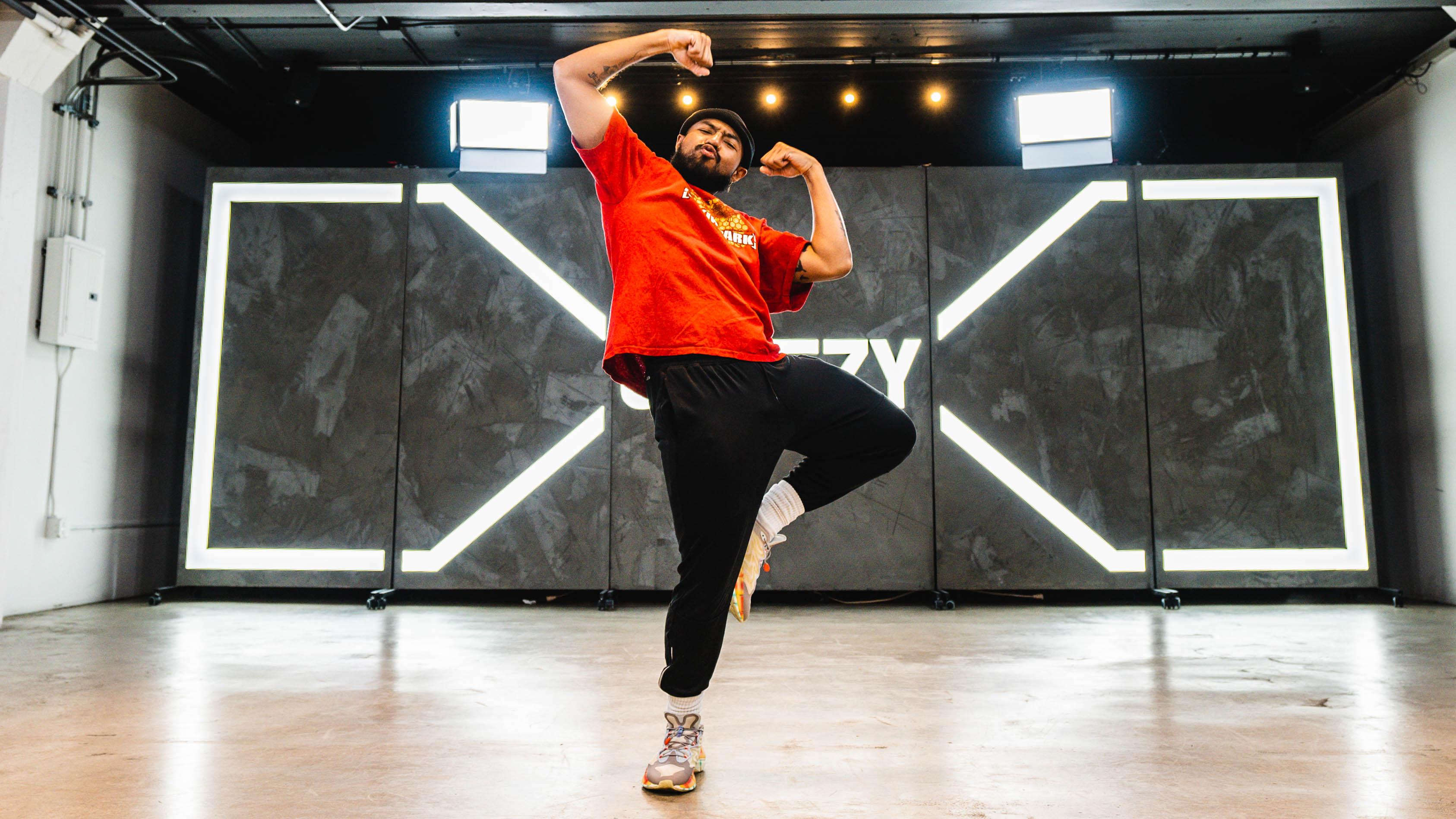 brandon beastboi doing the hit dem folks dance move