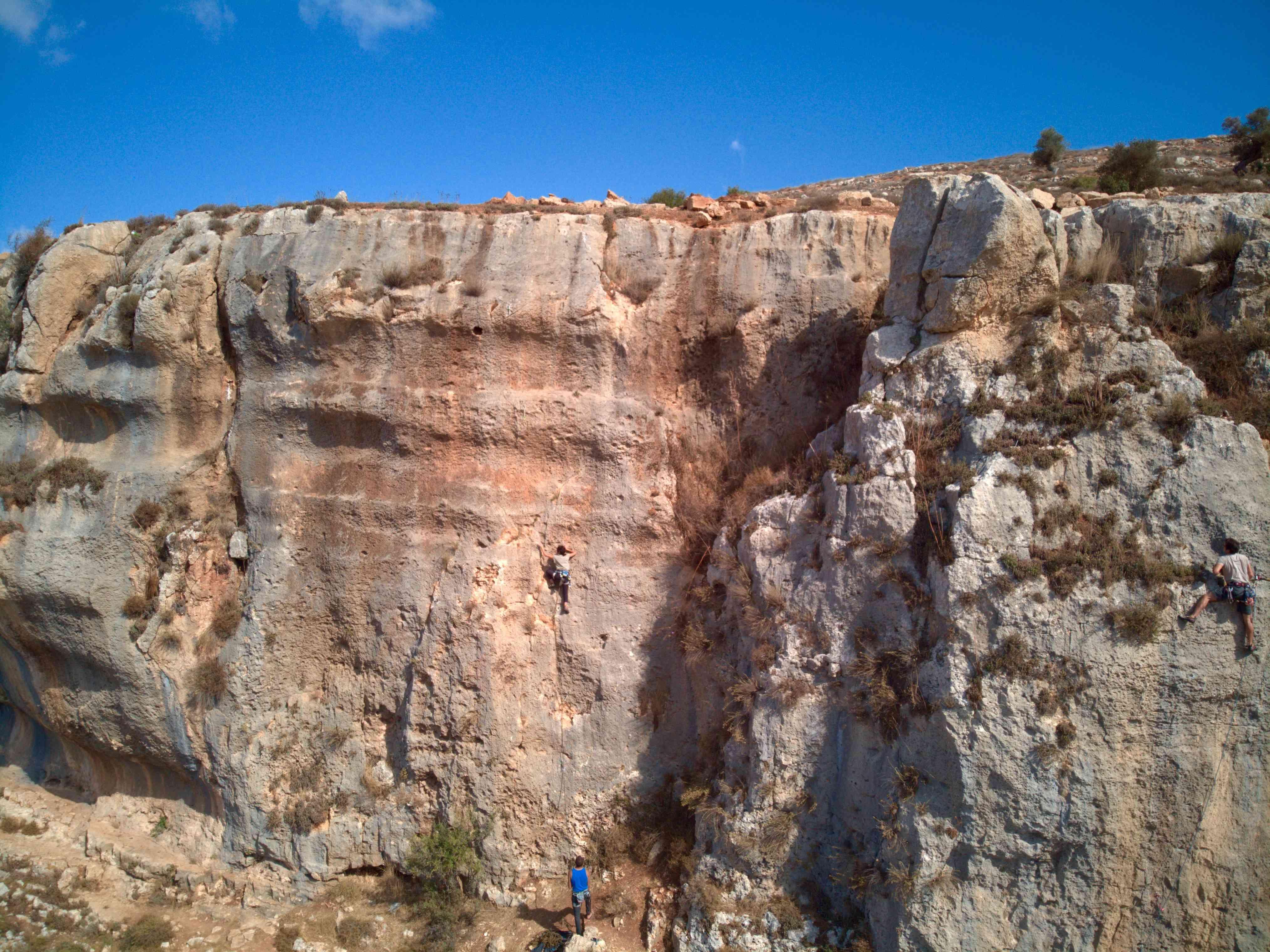Inas Radaydeh rock climbing Palestine