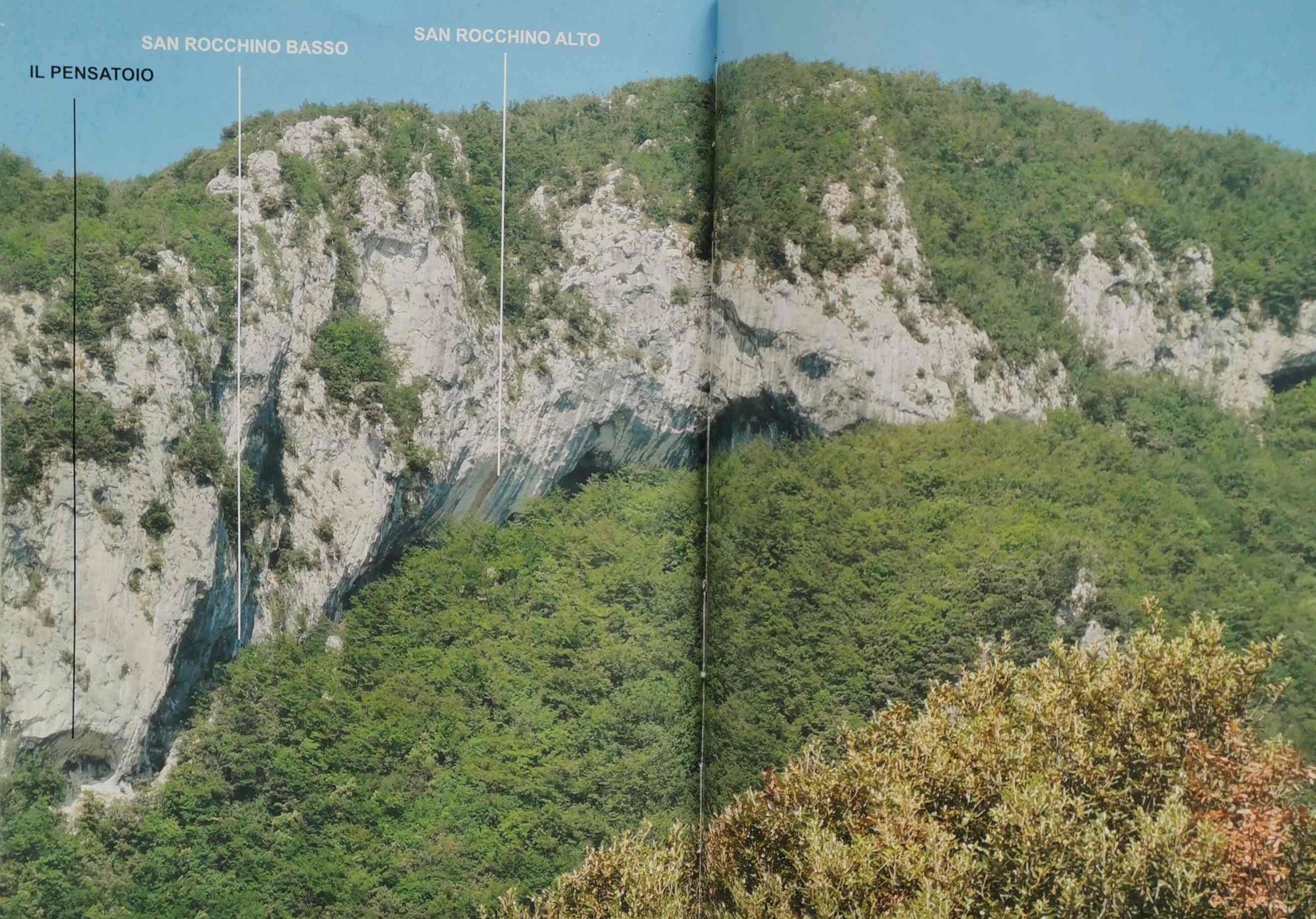 Scatto lungo delle scogliere di San Rocchino