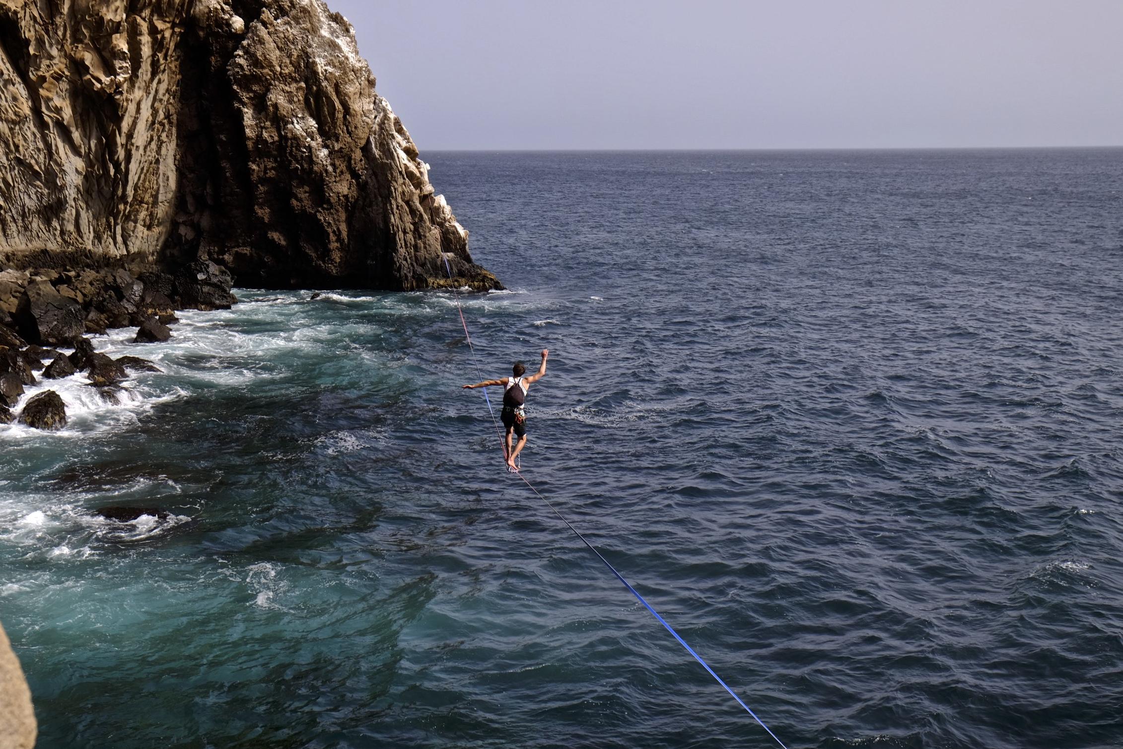 slack lining near the climbing areas in Senegal