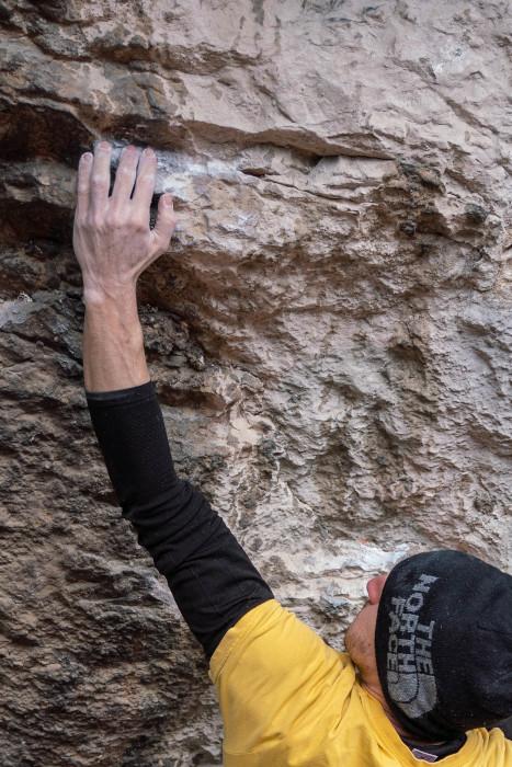 Stefano Ghisolfi bouldering