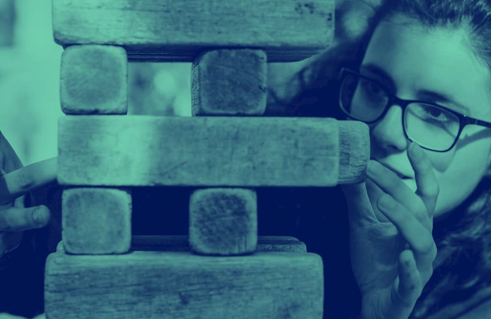 Is your defeatist attitude keeping you down? Here's how to stop self defeating thoughts