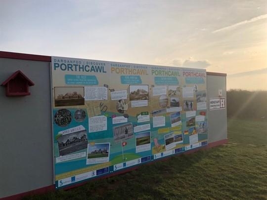 Bwrdd arddangos hanes Porthcawl