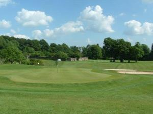 Coed-y-Mwstwr Golf Club