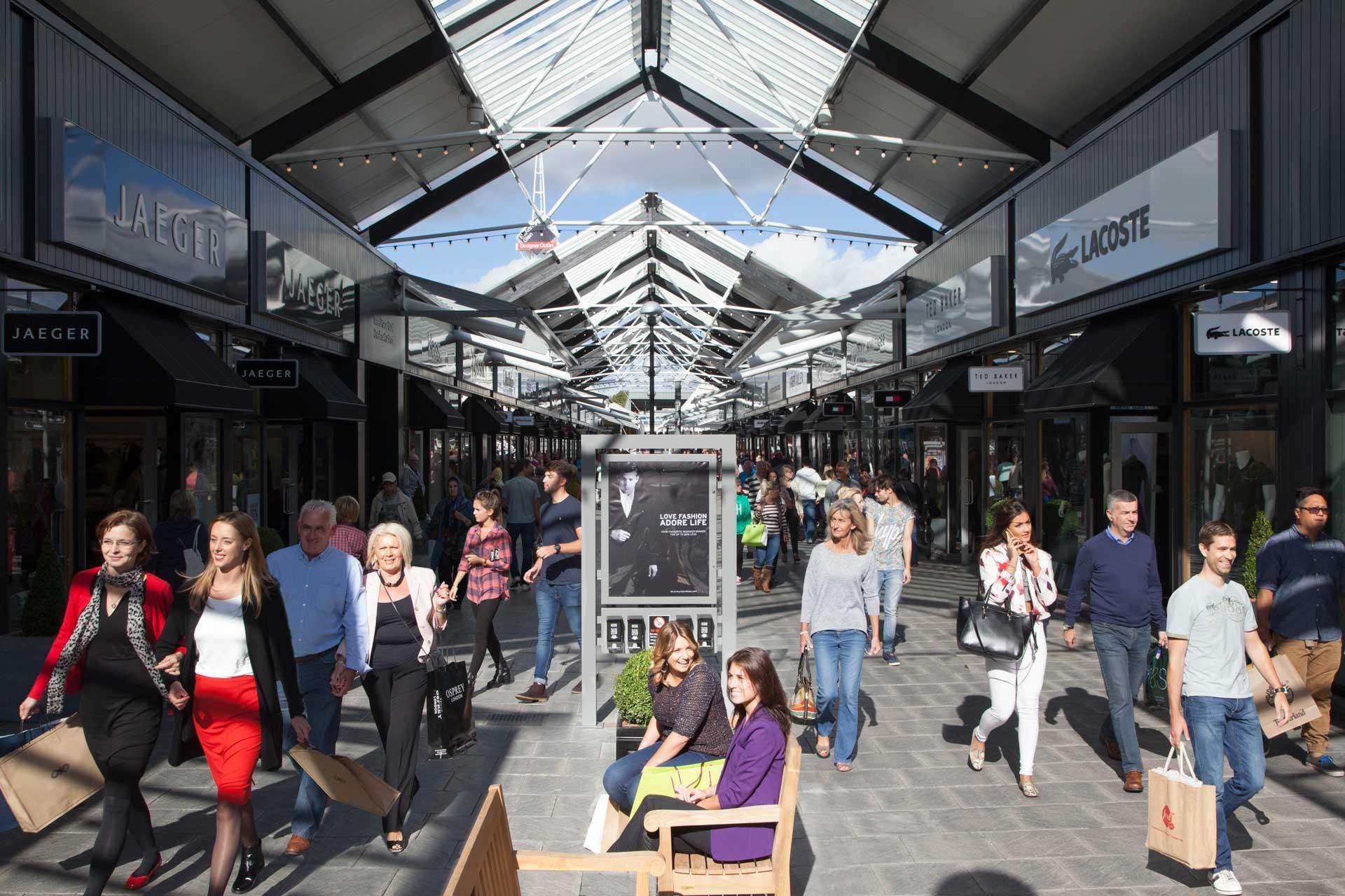 The Rhiw Shopping Centre, Bridgend