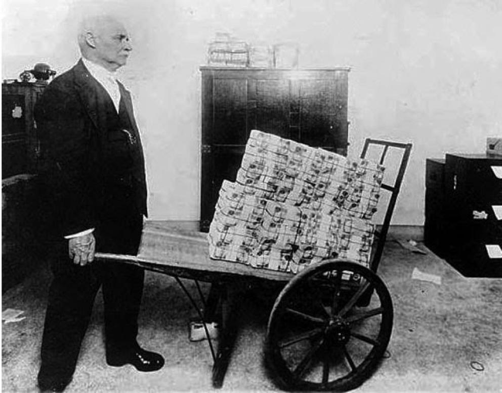 Taczki w tamtym okresie zastąpiły portfele