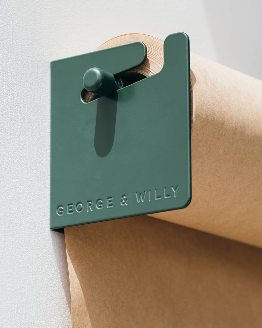 George & Willy Scroll Detail